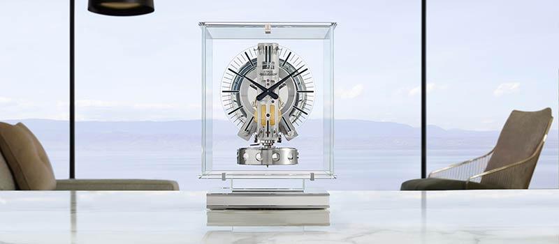Jaeger-LeCoultre представляет новую версию часов Atmos