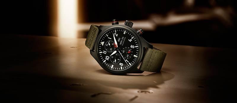 IWC представляет модель Pilot's Watch Chronograph TOP GUN Edition «SFTI» из черной керамики и материала Ceratanium