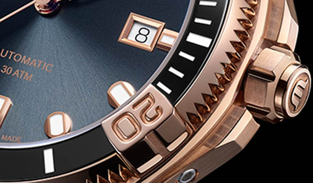 Швейцарские механические часы AIKON Venturer Bronze 43 мм