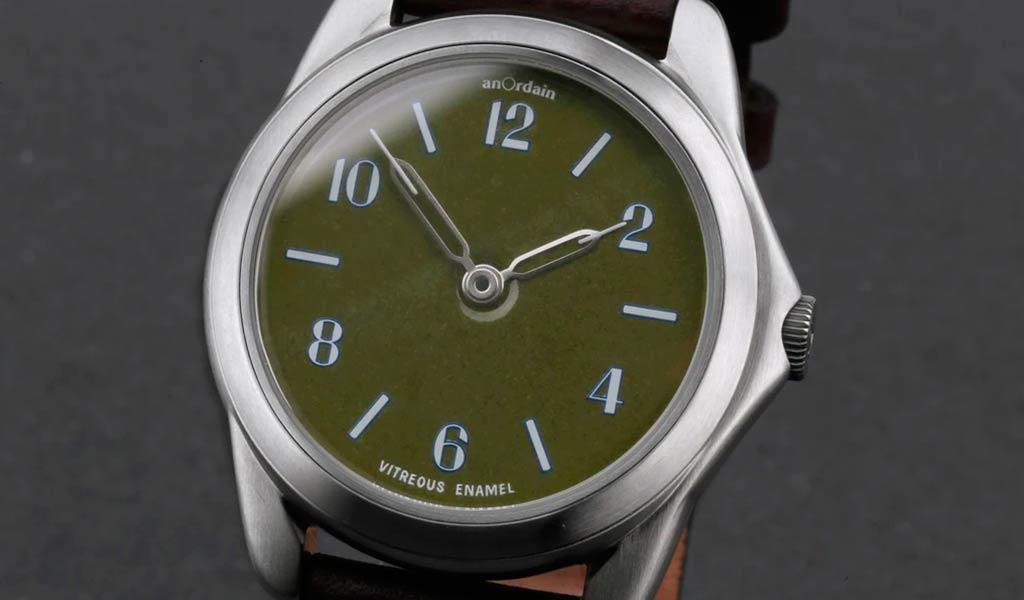 Наручные часы с эмалевым циферблатом anOrdain Model 2