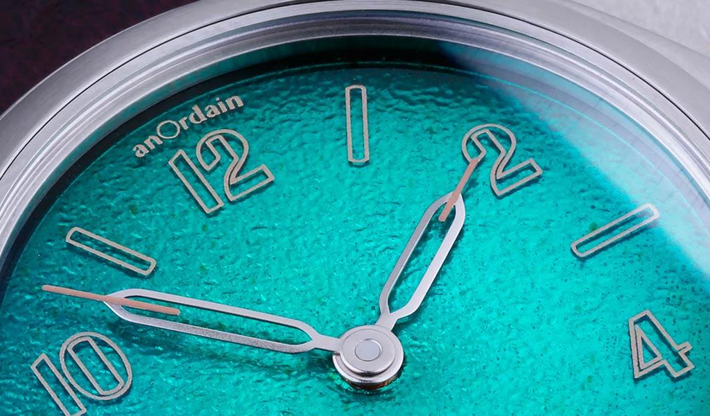 Часы с эмалевым циферблатом anOrdain Model 2