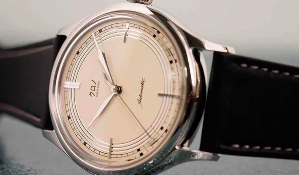 Механические часы KURONO