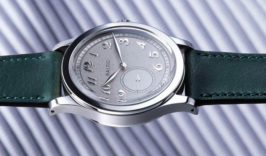 Новые французские часы Baltic MR01