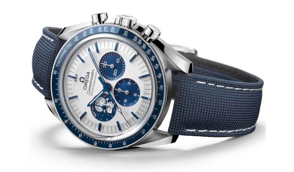 Наручные часы OMEGA Speedmaster «Silver Snoopy Award»