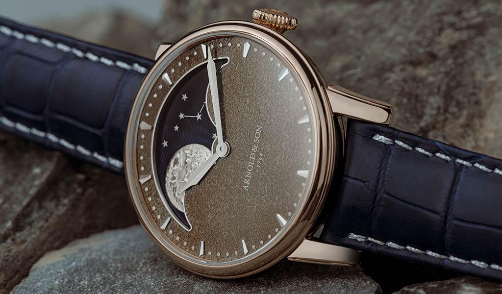 Наручные часы Arnold & Son Perpetual Moon Obsidian