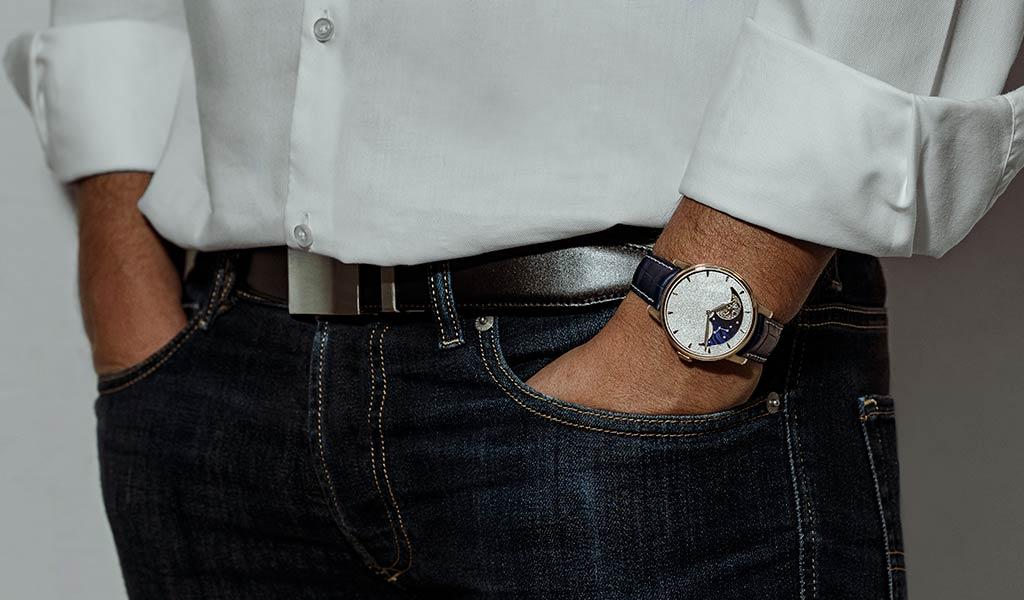 Новые механические часы Arnold & Son Perpetual Moon Obsidian