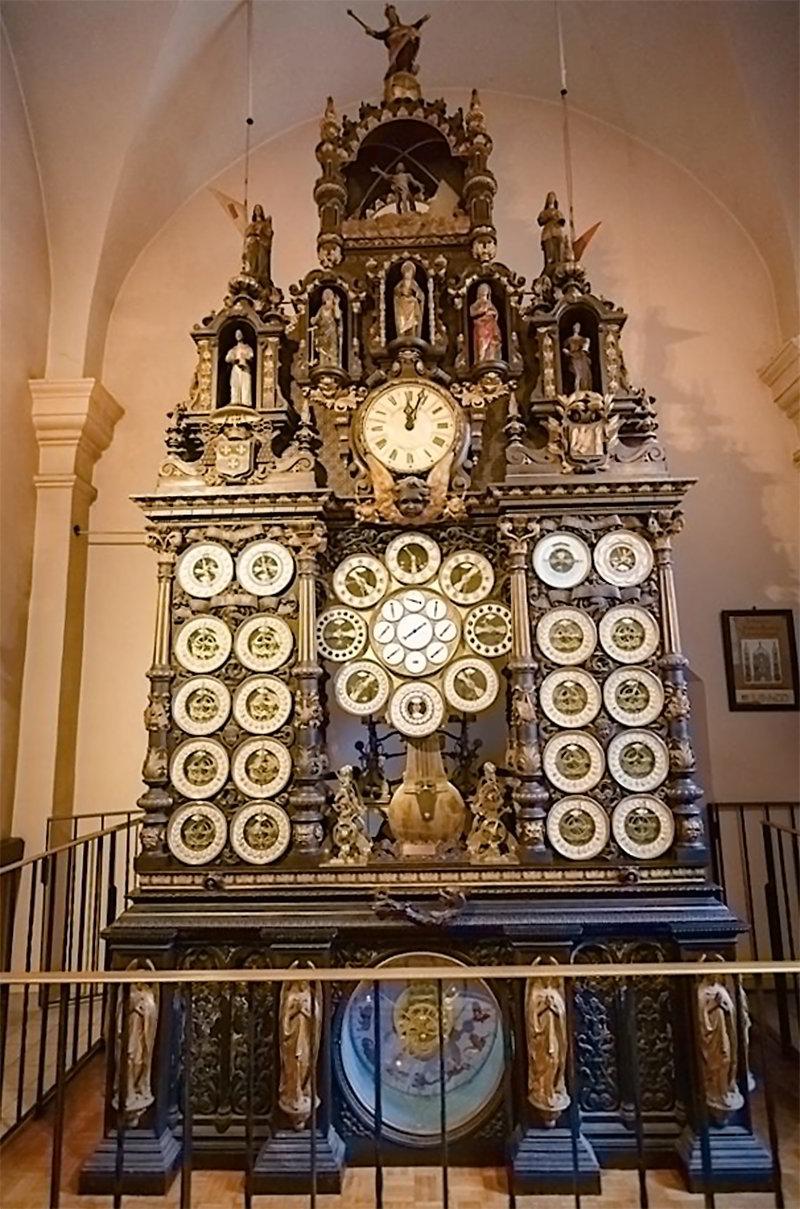 Часы Безансон