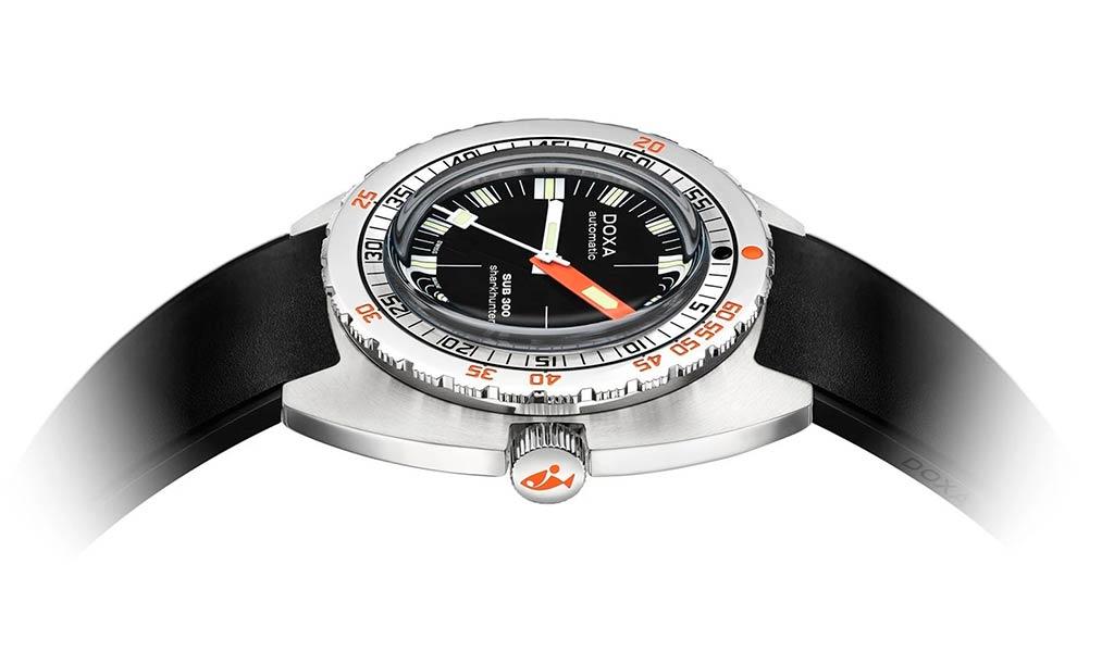 Часы для подводного погружения DOXA SUB 300