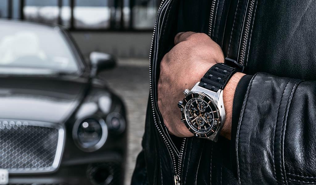 Новые часы Super Chronomat