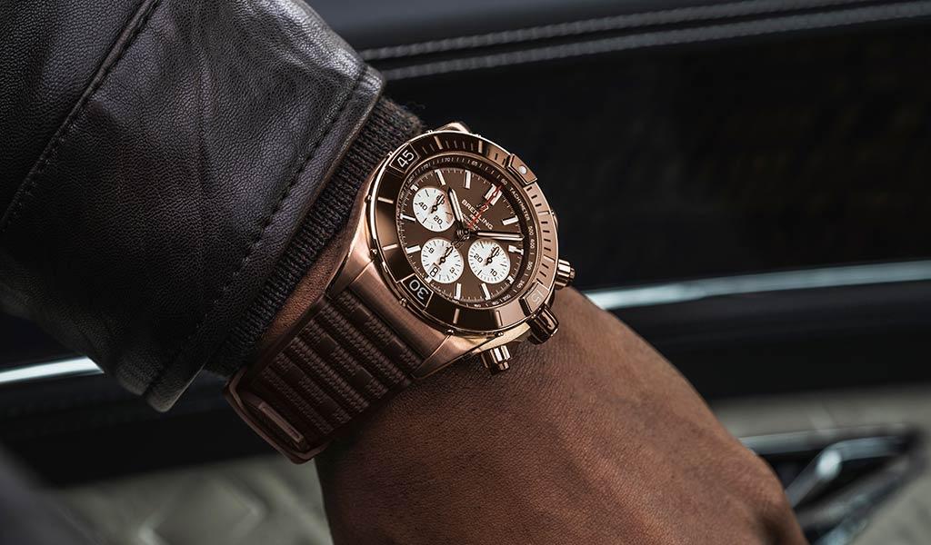 Новые швейцарские часы Super Chronomat