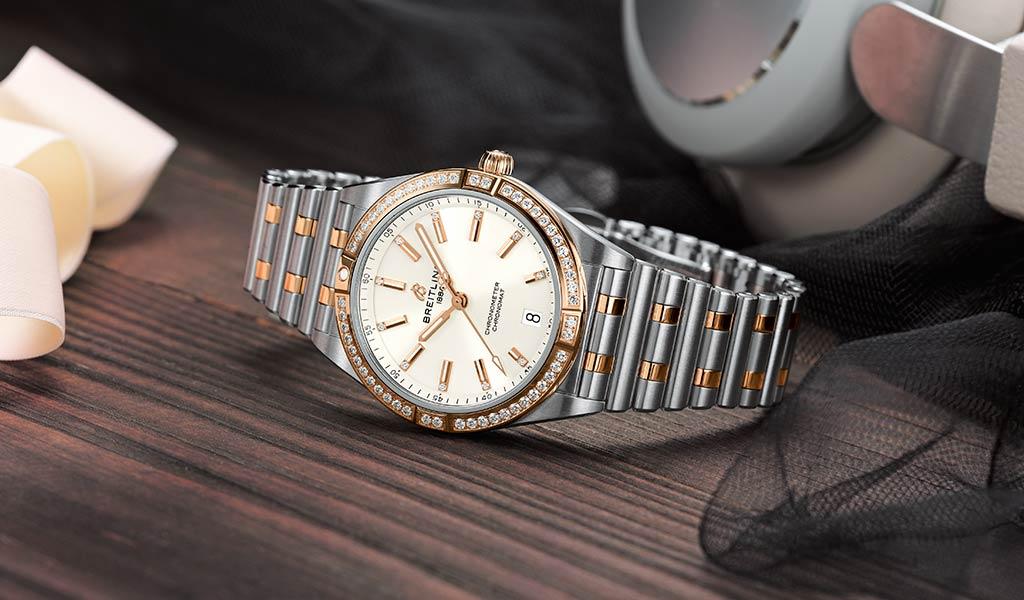 Часы женские наручные Chronomat Breitling