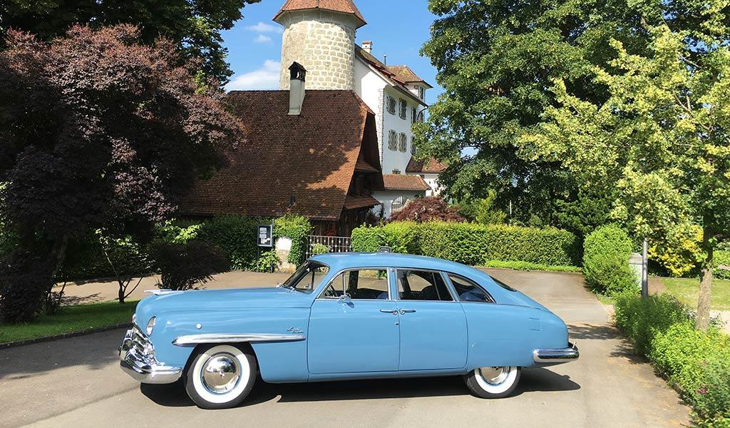 Автомобиль Lincoln Cosmopolitan Town Car