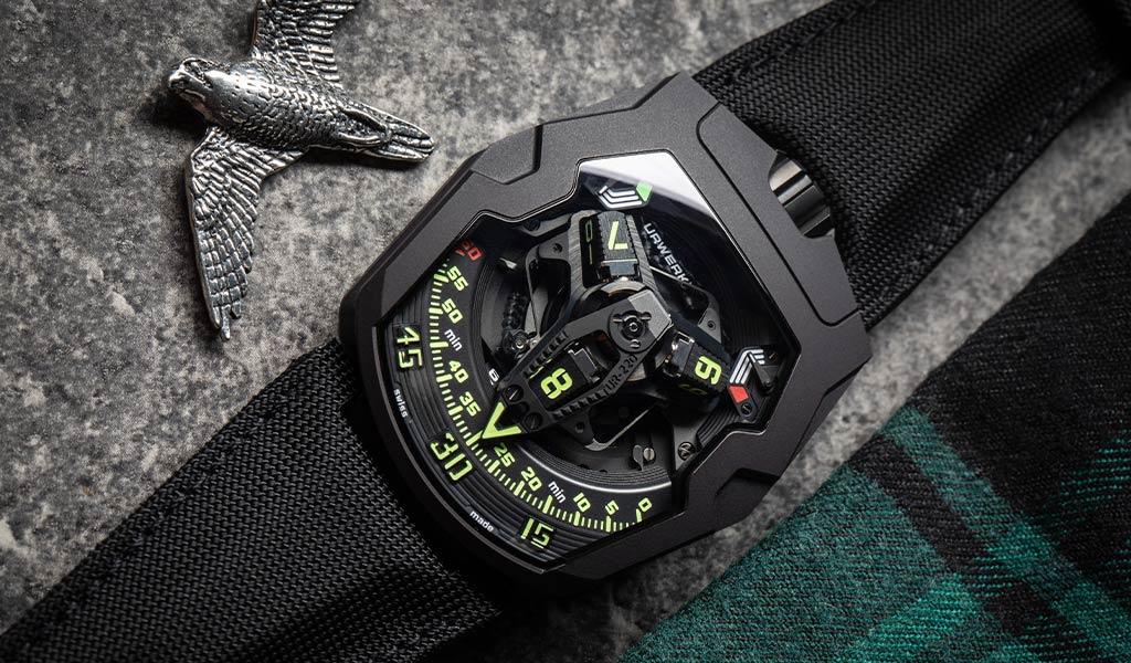 Новые часы URWERK UR-220