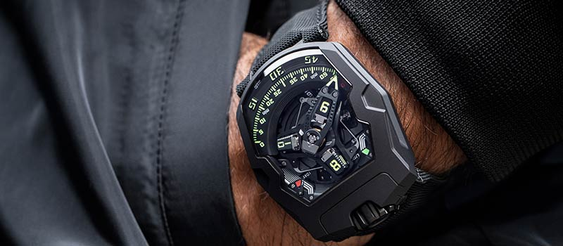 Наручные часы UR-220 от URWERK: зарождение коллекции