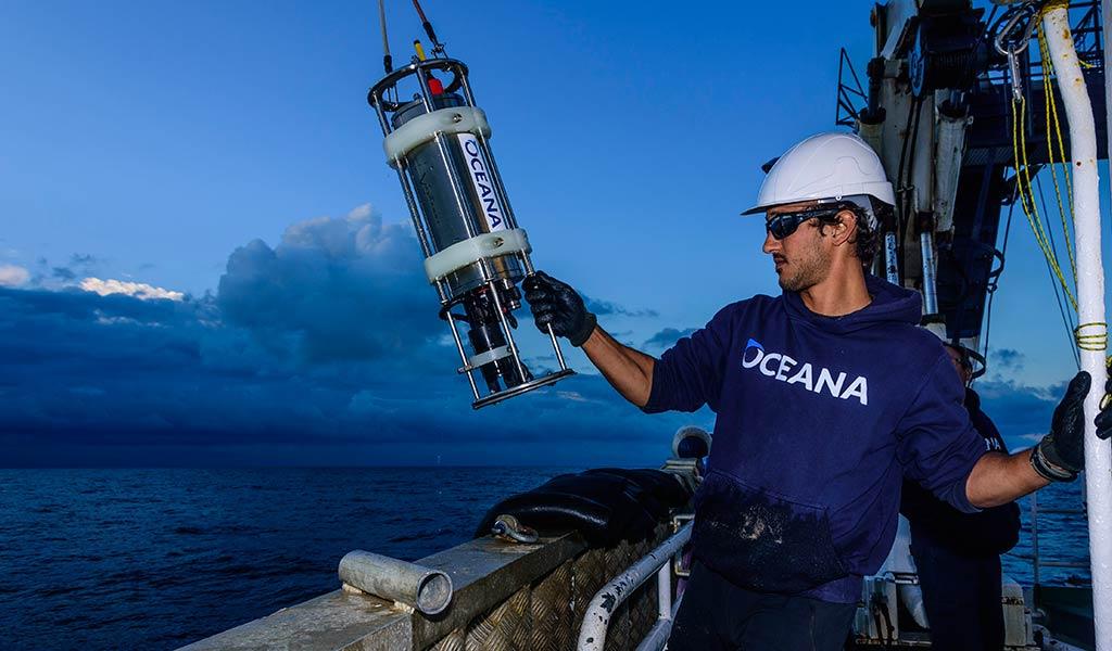 Oceana и Blancpain проведут экспедицию к Арресифе-Алакранесу