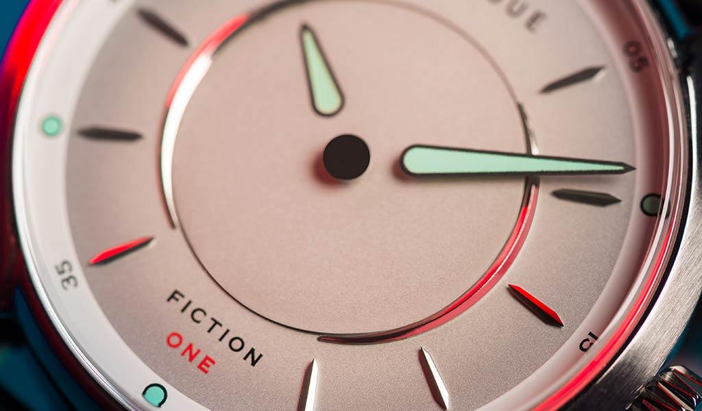Таинственные часы Fiction One