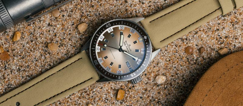 Наручные часы Fifty Fathoms Bathyscaphe Day Date песочного цвета