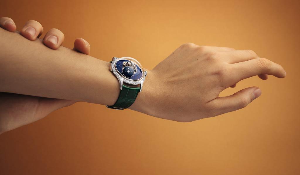 Часы с турбийоном MB&F