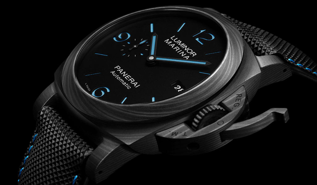 Наручные часы Panerai Luminor Marina Carbotech