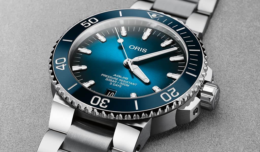 Наручные часы Oris Aquis Date Calibre 400
