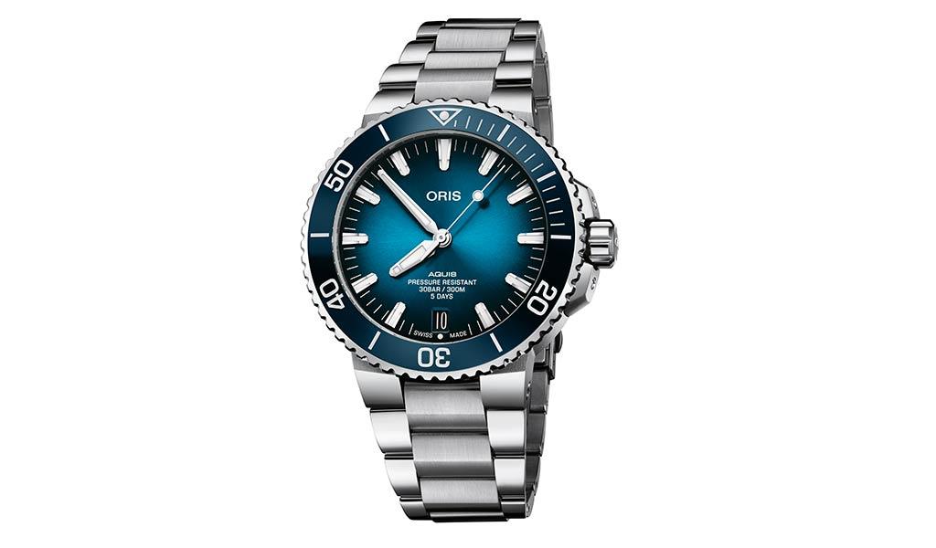 Новые часы Oris Aquis Date Calibre 400