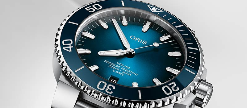 Наручные часы Oris Aquis Date Calibre 400 с новым механизмом от бренда