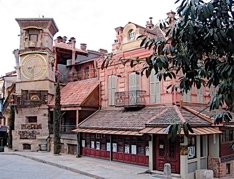 Башенные часы в Тбилиси