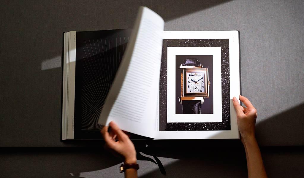 Новая книга о часах Reverso