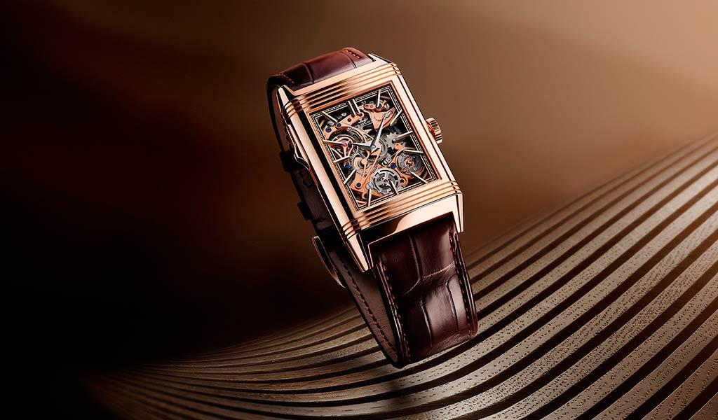 Новые наручные часы Reverso Tribute Minute Repeater