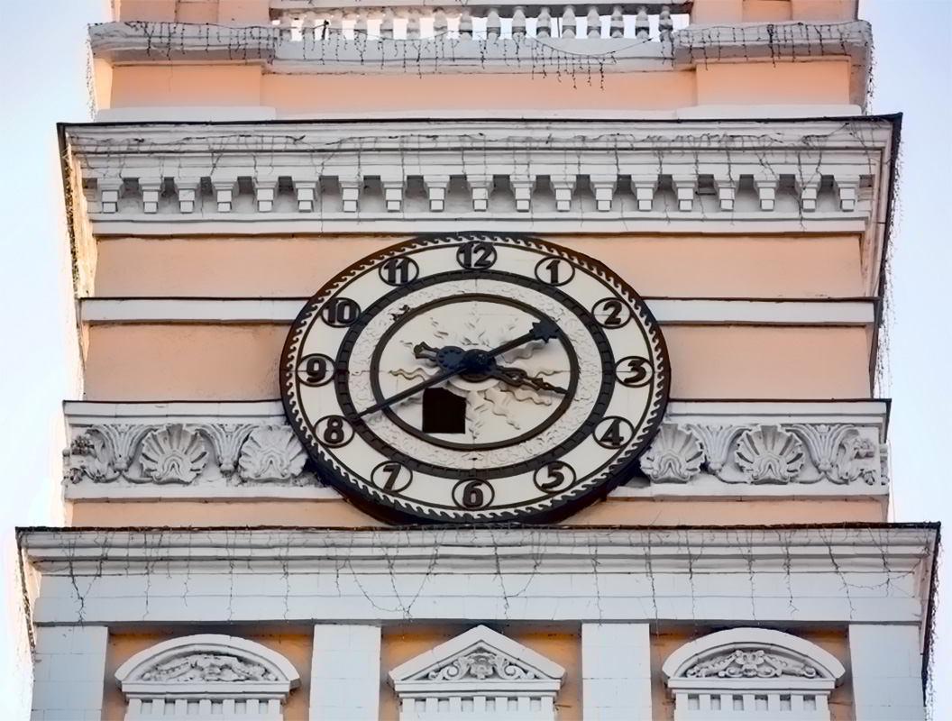 Башенные часы Харьков ЮЖД