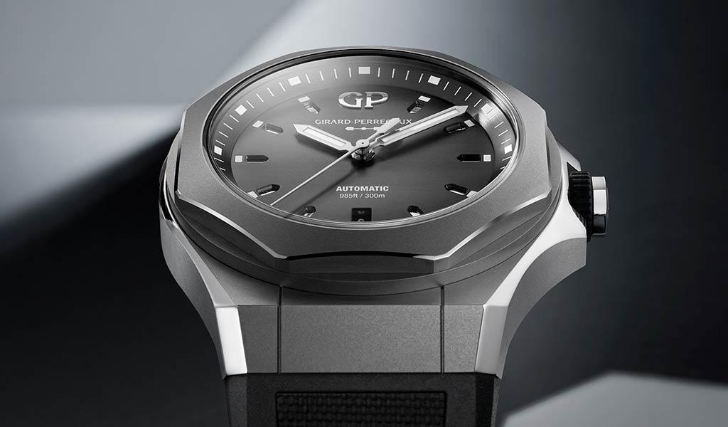 Часы в титановом корпусе Laureato Absolute Ti 230