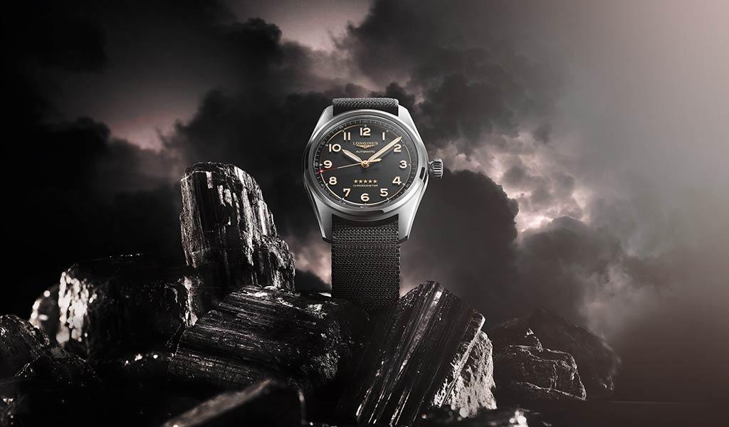 Новые швейцарские титановые часы Longines Spirit