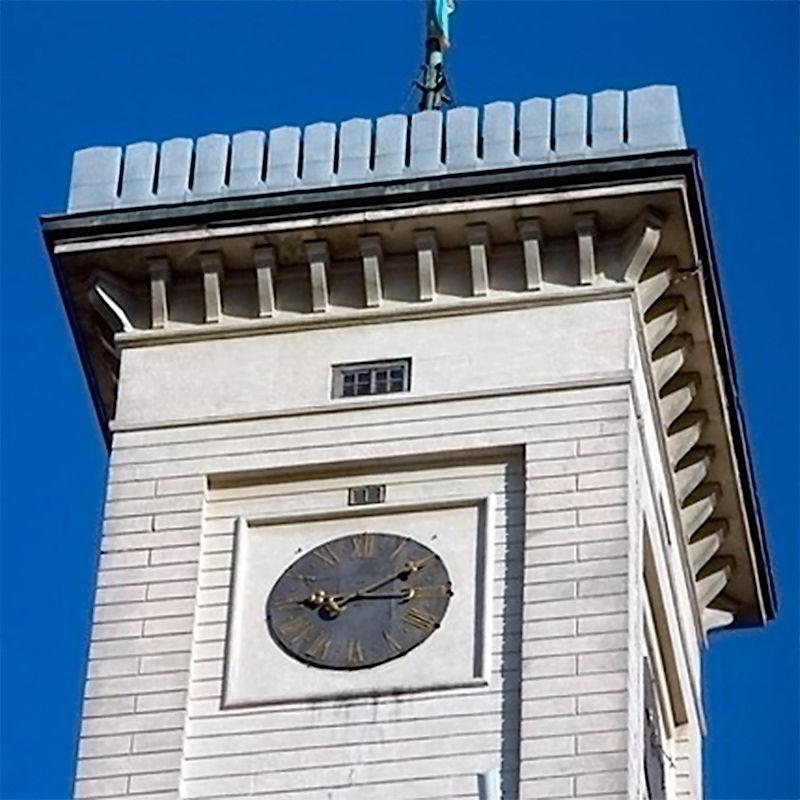 Часы во Львове