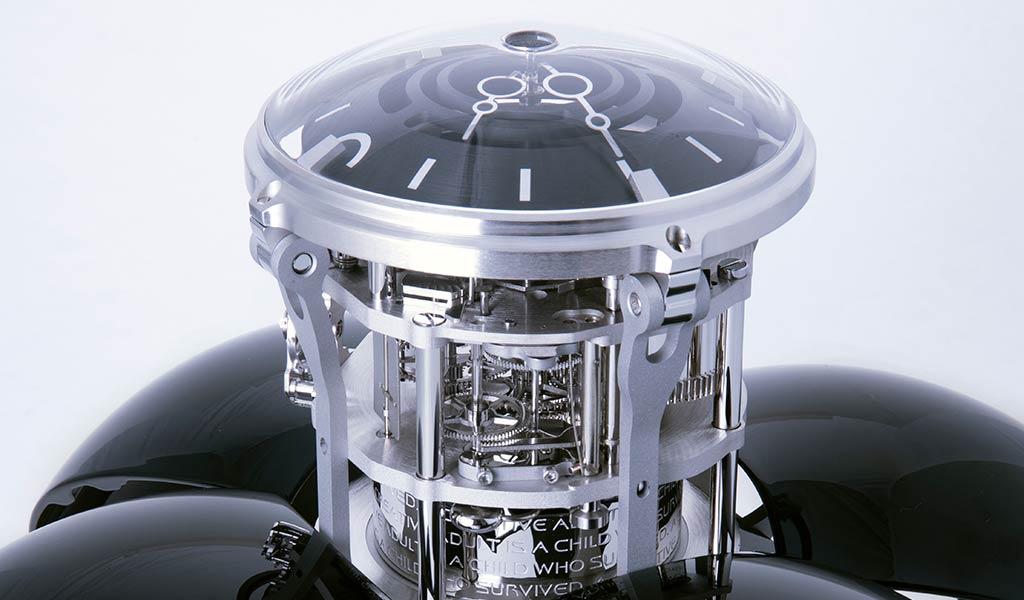 Швейцарские настольные механические часы Orb