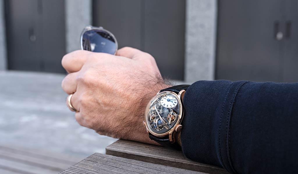 Новые часы LMX