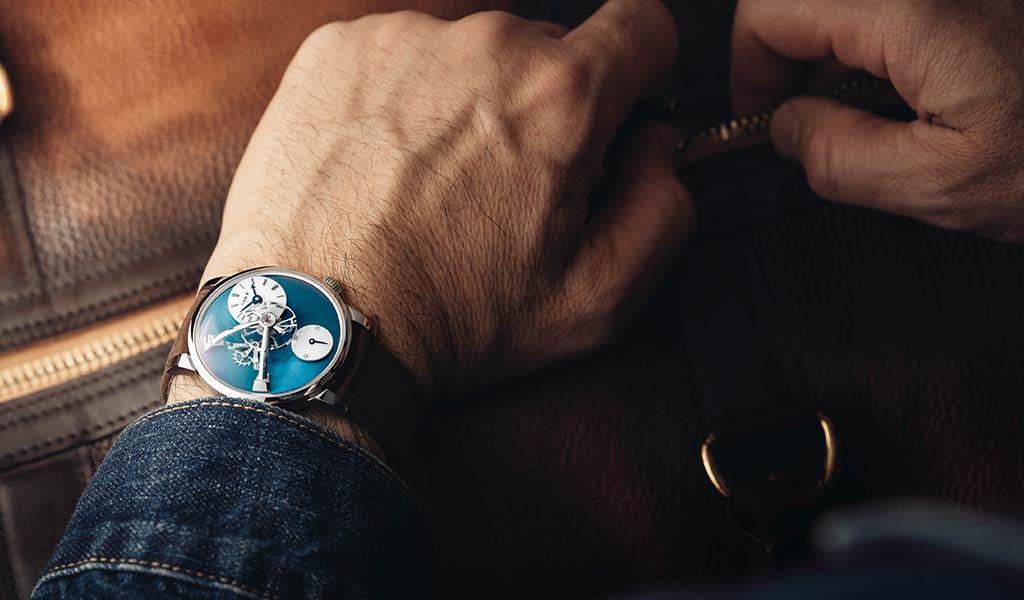 Новые наручные механические часы MB&F