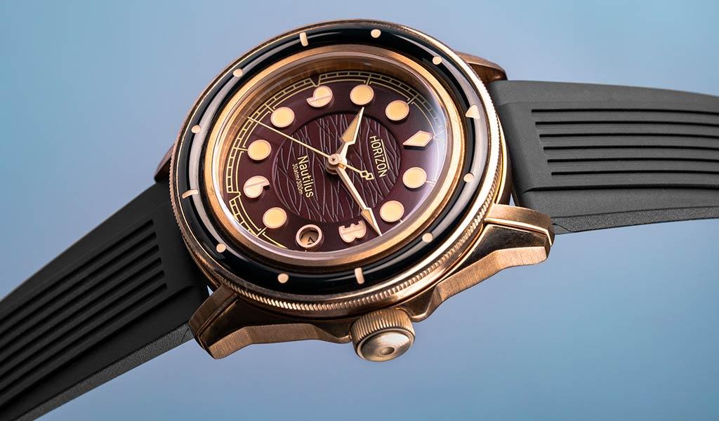 Новые бронзовые часы Horizon Nautilus