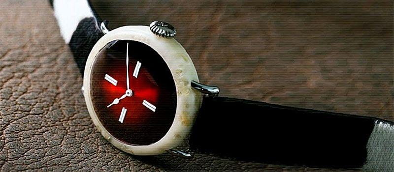 Швейцарские часы из сыра от компании H.Moser