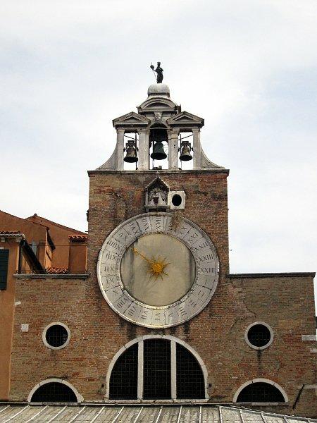 Башенные часы в Венеции