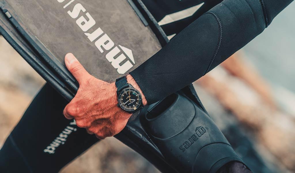 Швейцарские часы для дайвинга DIVER Lemon Shark