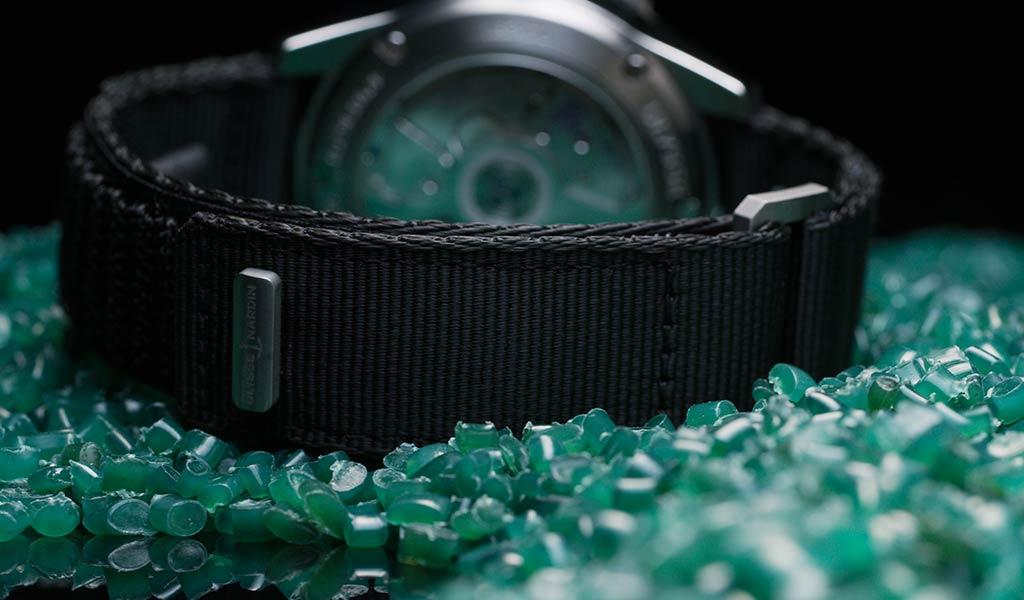 Часовой ремешок из переработанного пластика