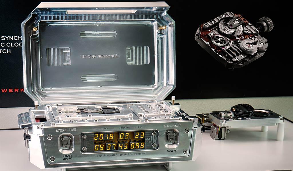 Часы атомные URWERK AMC