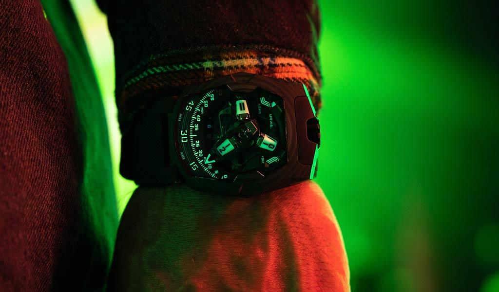 Новые механические часы UR-220 SL Asimov