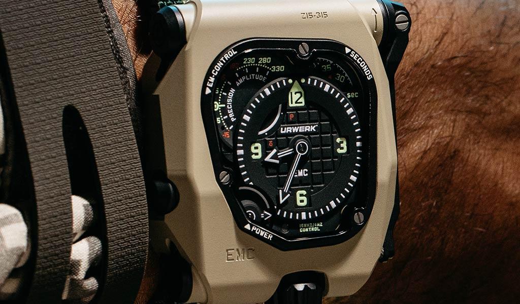 Часы EMC TimeHunter в модификации Desert Sage