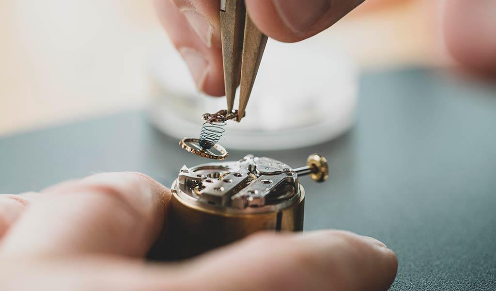 Новые швейцарские наручные часы American 1921 Piece unique