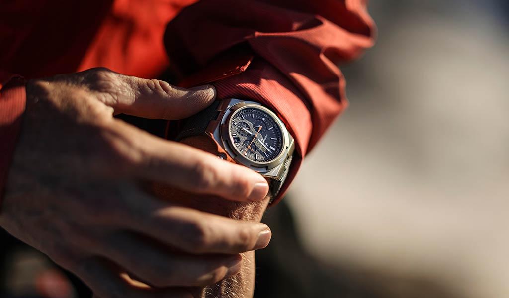 Новый хронограф Overseas Everest