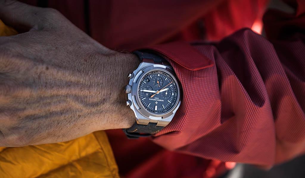 Новые наручные швейцарские часы Overseas Everest