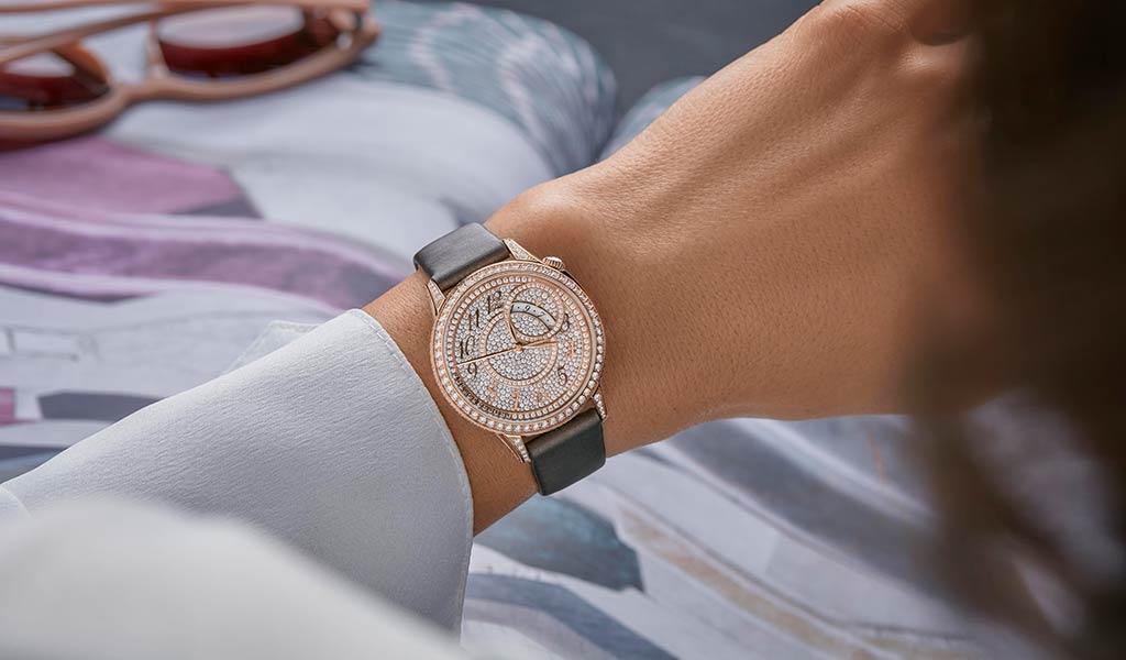 Женские золотые часы Vacheron Constantin