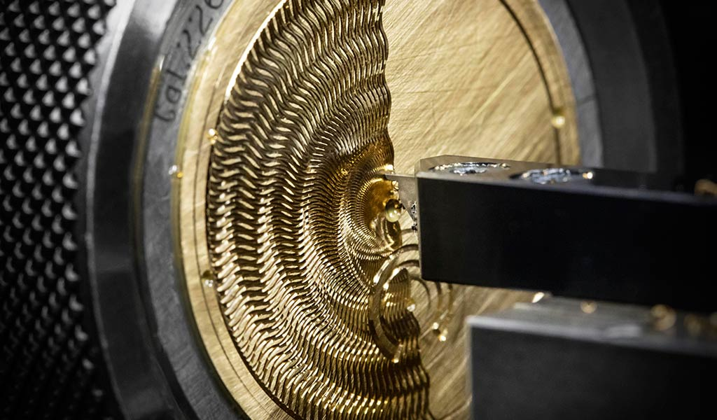 Новые часы Traditionnelle с турбийоном
