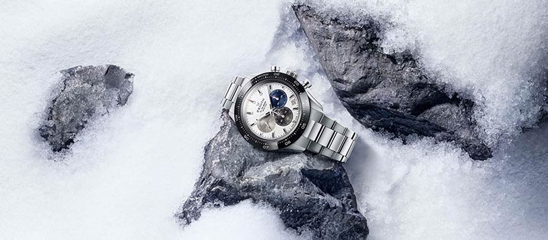 Zenith  представляет часы Chronomaster Sport с  усовершенствованным калибром  El Primero с точностью измерения до 1/10 секунды